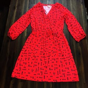 Maison Jules red dress blue triangles print